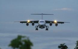 Flugzeug Nacht extranoise@flickr_0