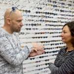 Handgemacht und nachhaltig: Besuch in der Brillenmanufaktur ic! Berlin